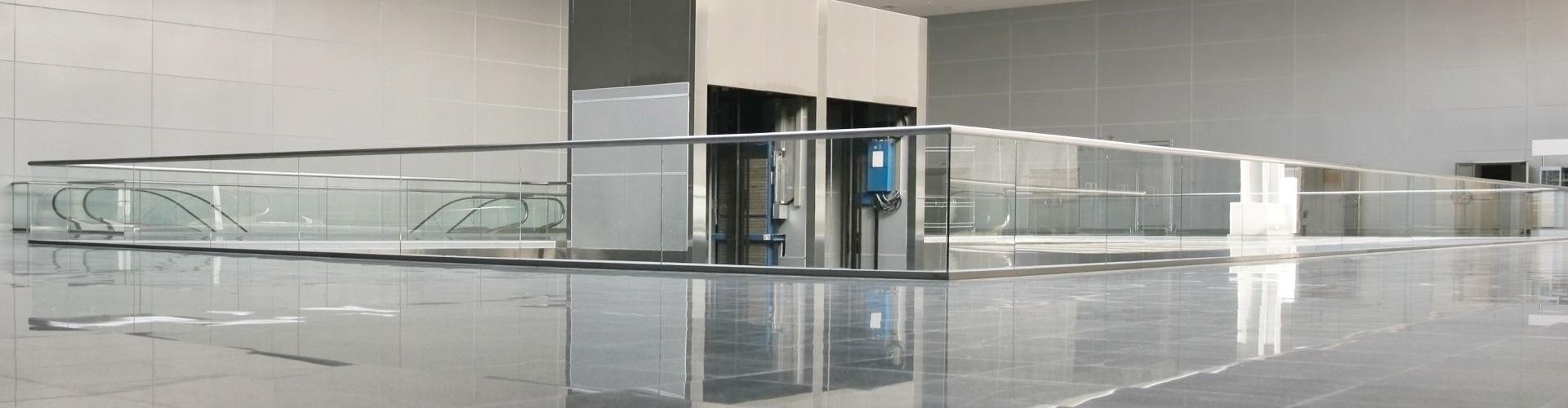 balustrada szklana samonośna